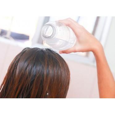 Rinçage cheveux à l'eau de mastic