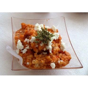 Recette des Kritharaki tomates, poivrons rouges et feta - source : LCDM